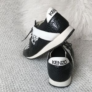 ⭐Kenzo rare Black And White Tiger Print Sneakers